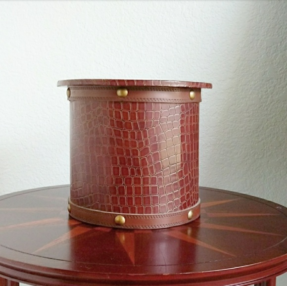 Gamjali StylHOME Other - Faux Leather Croc Embossed Decorative Container